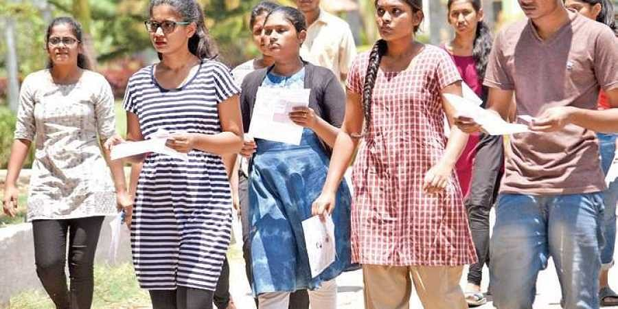 NEET aspirants on their way to a centre
