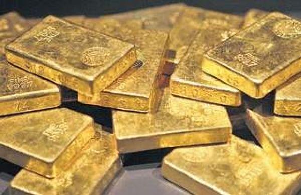 Bids to smuggle gold worth Rs 46L foiled at Chennai airport