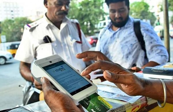 Chennai: Cops get e-challan devices to curb violations on road
