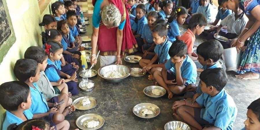 Tamil Nadu mid day meal