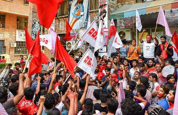 SFI, AISF workers clash in Kochi college campusas election campaign heats up