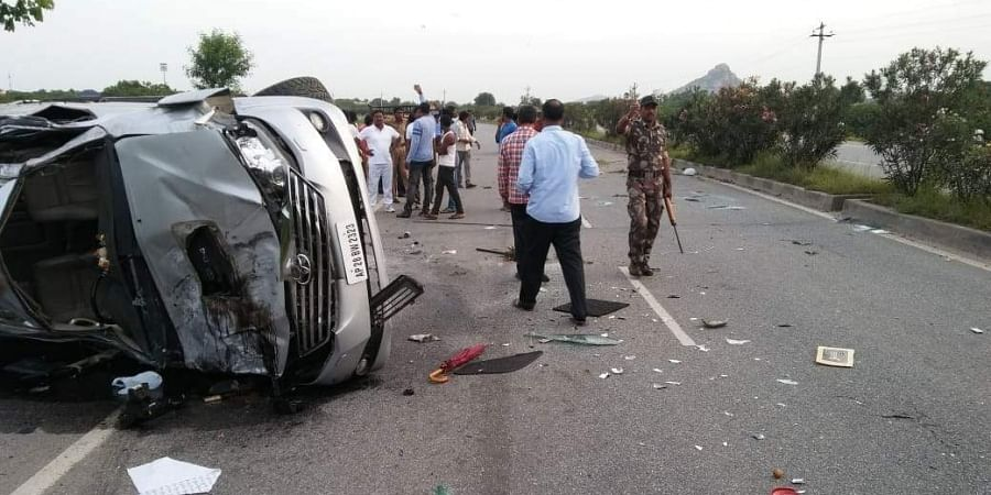Actor-politician Nandamuri Harikrishna--son of late Andhra Pradesh chief minister N T Rama Rao-- died in a road accident in Nalgonda on 29 August morning.