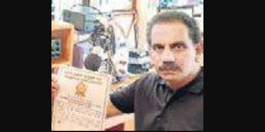 Kozhikode man enters Golden Book of World Records for operating 'longest running broadcast on amateur radio'