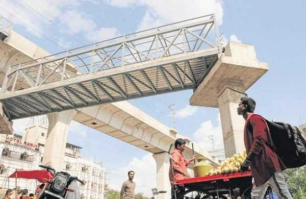 When can commuters use Secunderabad skywalk?