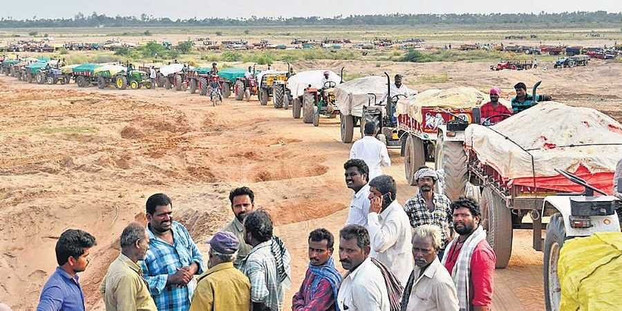 Ban on sand mining renders thousands jobless