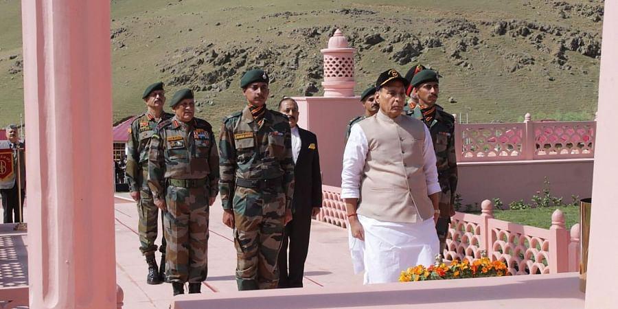 On Kargil War anniversary, Rajnath Singh pays tribute to