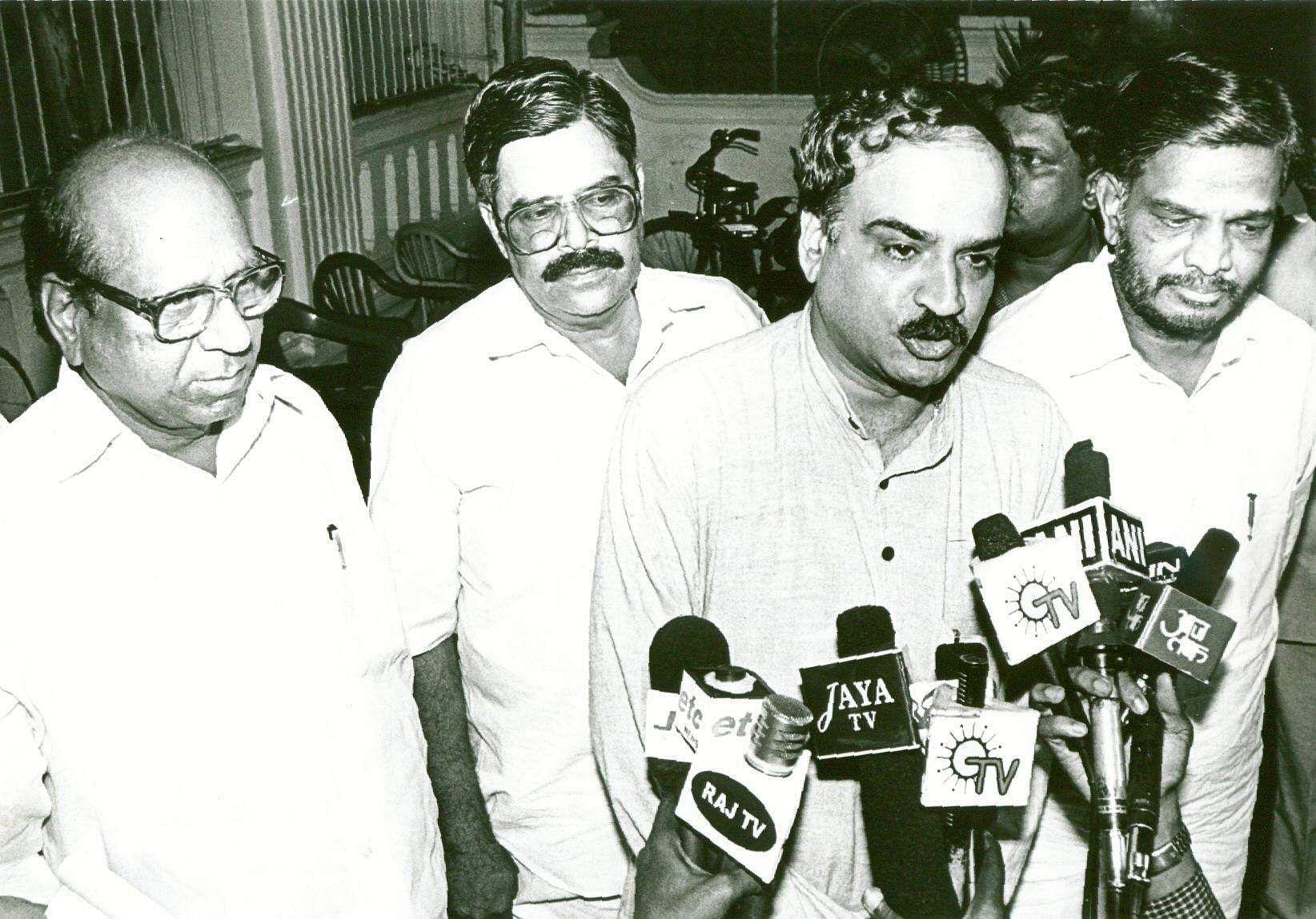 Former Union Minister Ananth Kumar (2nd right),  and Karnataka State BJP president addressing the media.