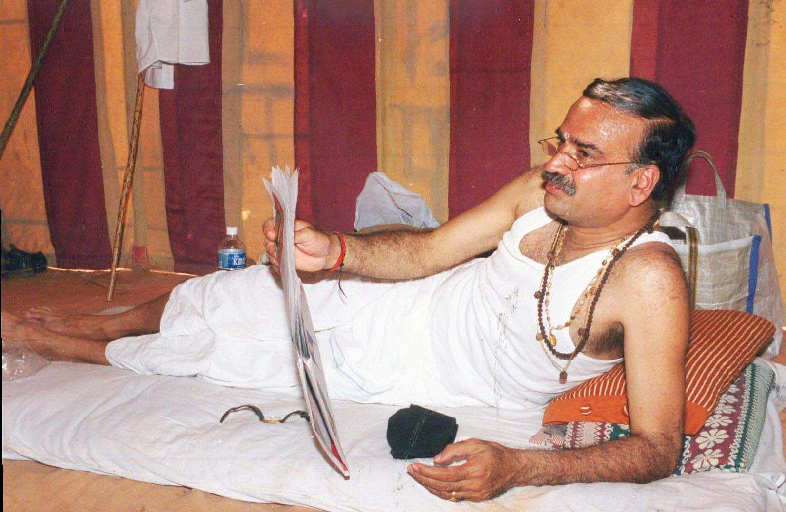 Then Union Minister HN Ananth Kumar relaxing during a three-day camp organized by RSS in Bengaluru.