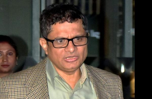 Chit fund scam: HC extends interim protection from arrest to ex-Kolkata top cop Rajeev Kumar