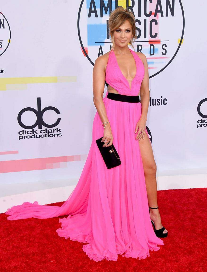 Jennifer Lopez arrives at the American Music Awards at the Microsoft Theater in Los Angeles.