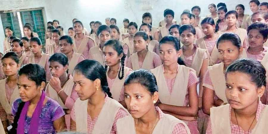 Girl students of Ichchapuram college in Andhra Pradesh get unhygienic  water- The New Indian Express