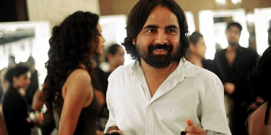 Fashion Designer Sabyasachi Trolled Over Overdressed Post Apologises The New Indian Express
