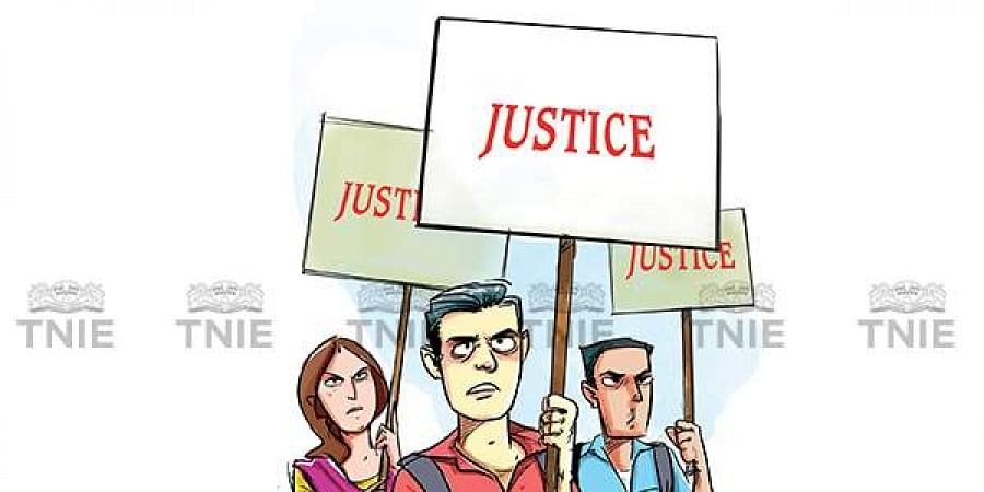 They stated that neither the in-house Internal Complaints Committee nor the complaint at the police station was taken up, which is why they had to stage a protest.