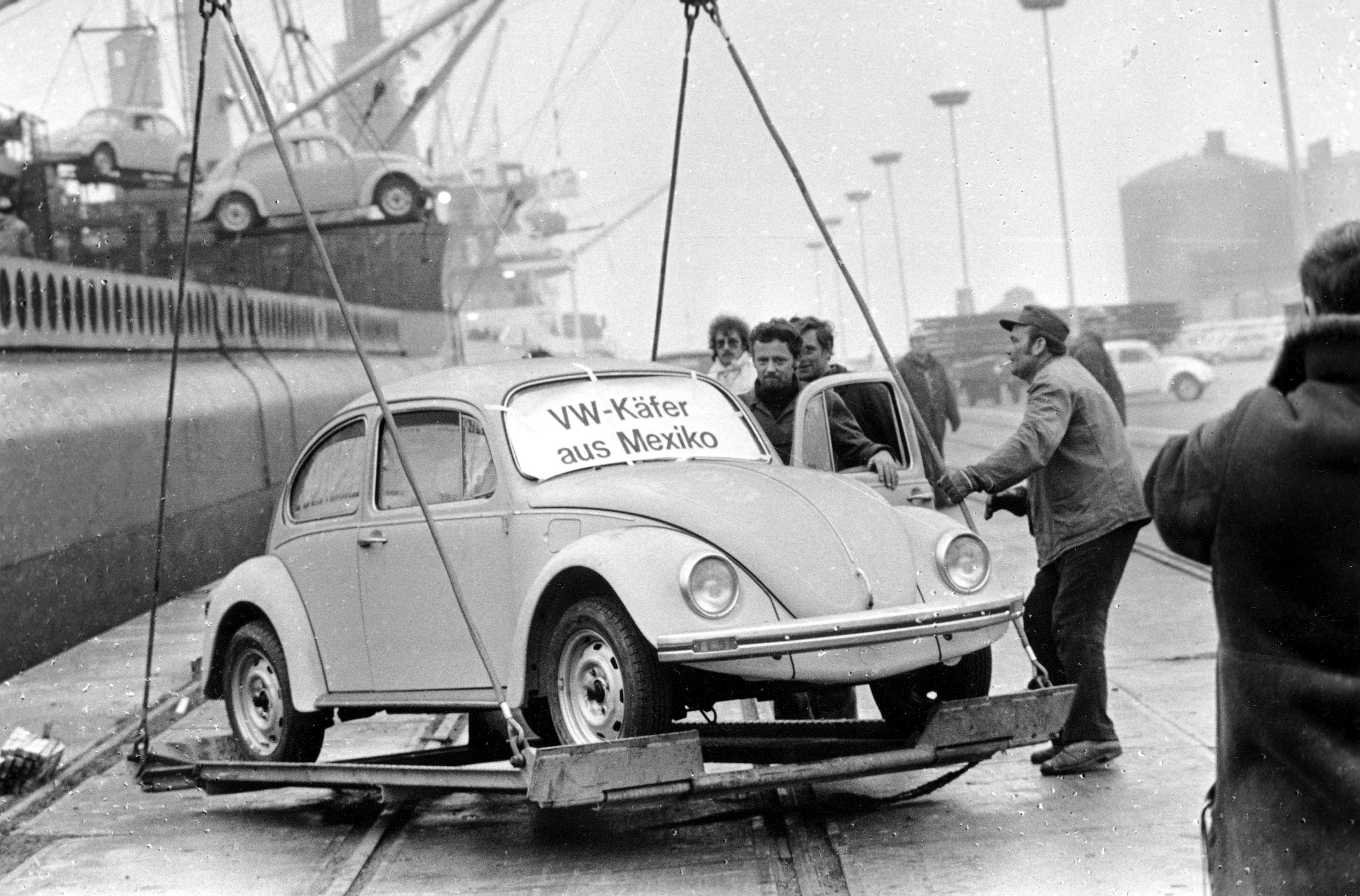 In this Dec. 18, 1977 file photo, a Volkswagen Beetle is unloaded at Emden harbor, Germany, as the first shipment of 1600 Beetles made in Mexico arrives. (File Photo   Associated Press)