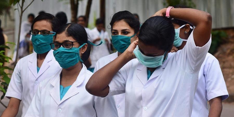 nurses, medicos