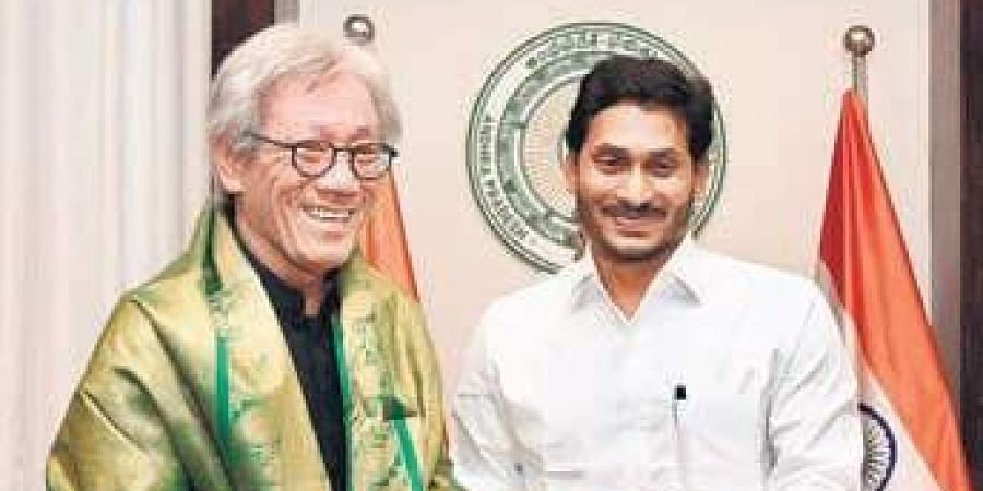 CM Jagan with Singapore High Commissioner Lim Thuan Kuan