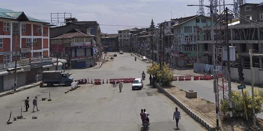 Send all-party team to Kashmir for views on Article 370: Oppn- The