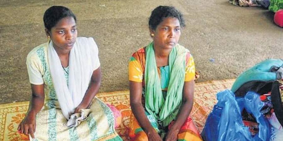 Padmini and Manisha at a relief camp at Malankara Catholic church, Bhoothanam.