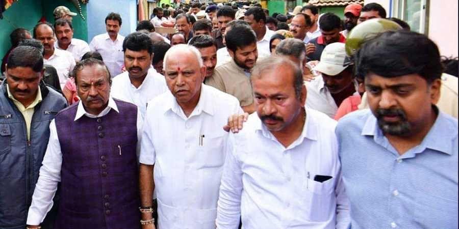 Karnataka Chief Minister BS Yediyurappa visited the flood-affected areas of Shimoga town