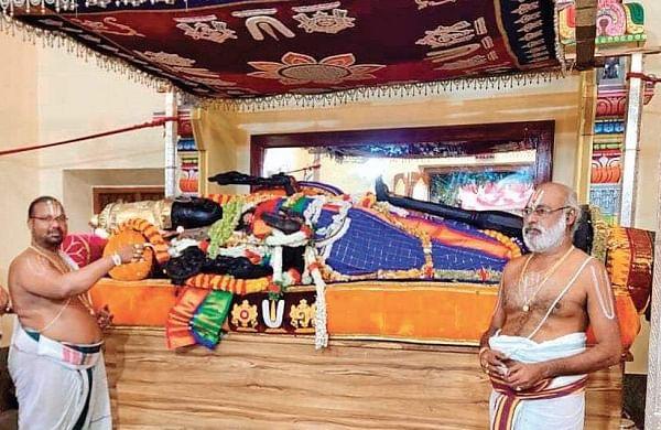 Madras High Court judge recounts legend on Aththi Varadhar idol and rains