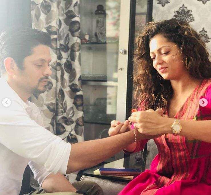 Raksha Bandhan 2019: Raksha Bandhan 2019: From Sonam Kapoor To