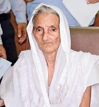 Mandodari Nayak, wife of Raghu Nayak