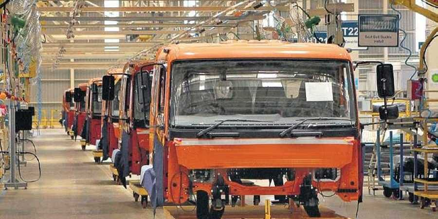 Breakdown in auto sector, thousands of jobs at risk- The New