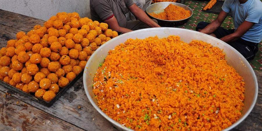 laddoo, Indian sweets