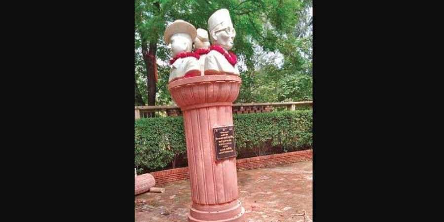 The bust of Veer Savarkar, Bhagat Singh and Subhash Chandra Bose