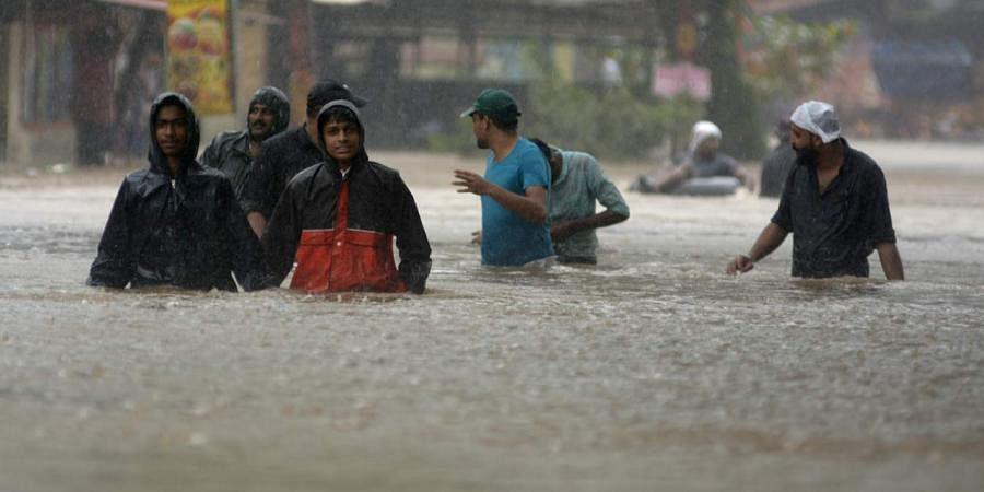 All major rivers in spate, flood situation grim in Uttar Pradesh