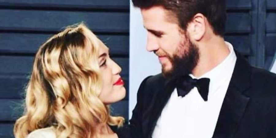 Singer Miley Cyrus and actor Liam Hemsworth