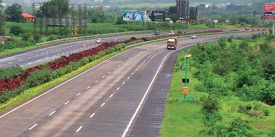 22 'Green Expressways' have been planned across the country, with the highways ministry set to hold roadshows around the world to attract foreign investment.