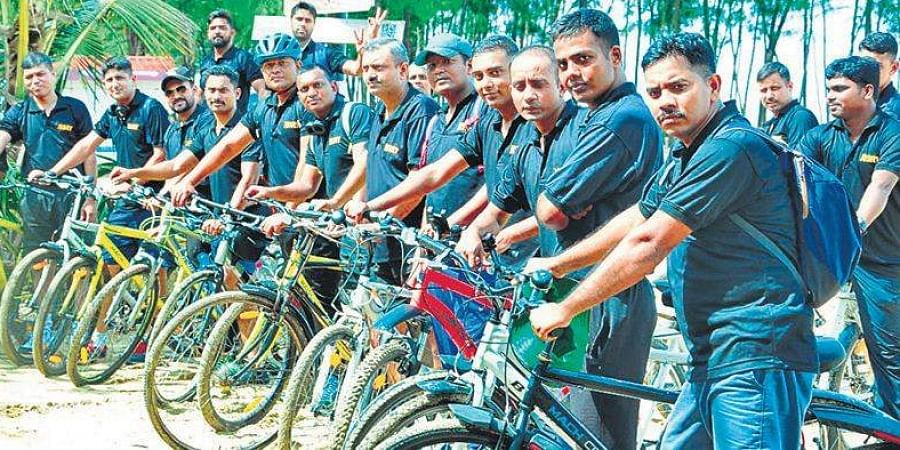 Navy cycling expedition team at Kuzhippilly beach in Kochi on Friday