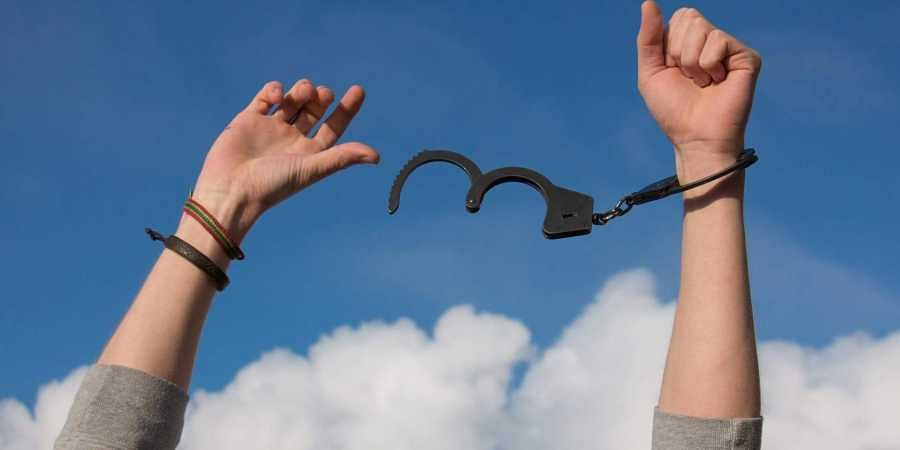 freedom, handcuff free