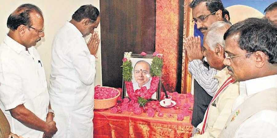 BJP leaders K Laxman, Ram Madhav, Bandaru Dattatreya offer tributes to Jaitley at the party office In Hyderabad