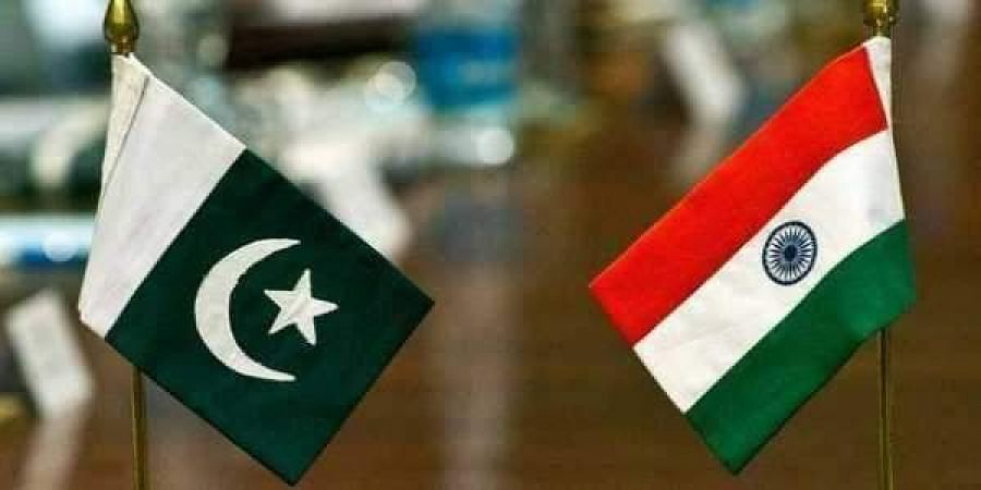 Indian flag, Pakistan flag