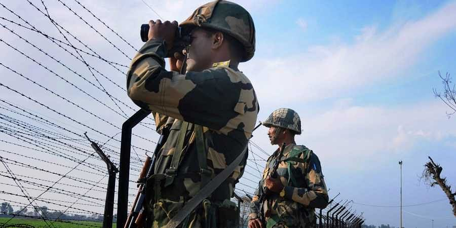 Army Chief General Bipin Rawat reviews preparedness of security forces along LoC