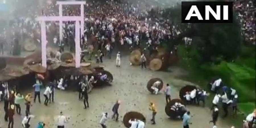 Stone-pelting festival