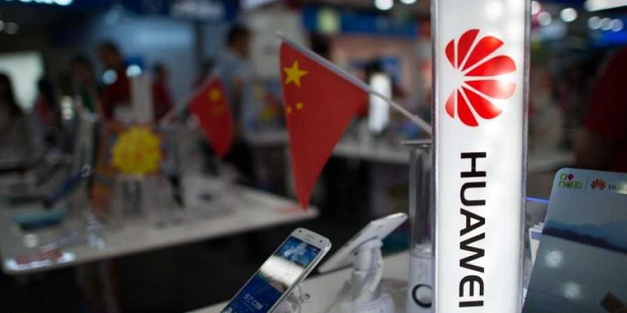 Expert warns of dangers of 5G and Chinese phones