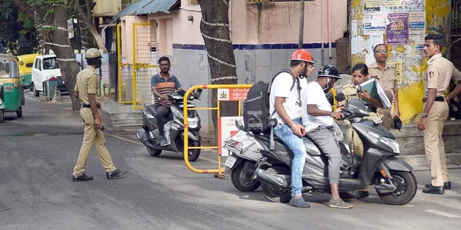 Police check motorists in Hanumanthnagar