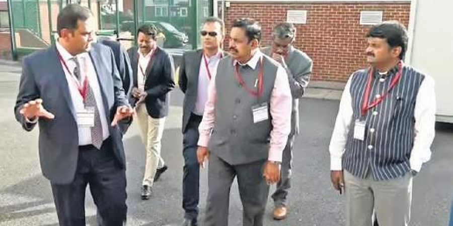CM Edappadi K Palaniswami and Health Minister C Vijaya Baskar meeting officials of a renewable energy company in Suffolk, England on Friday.