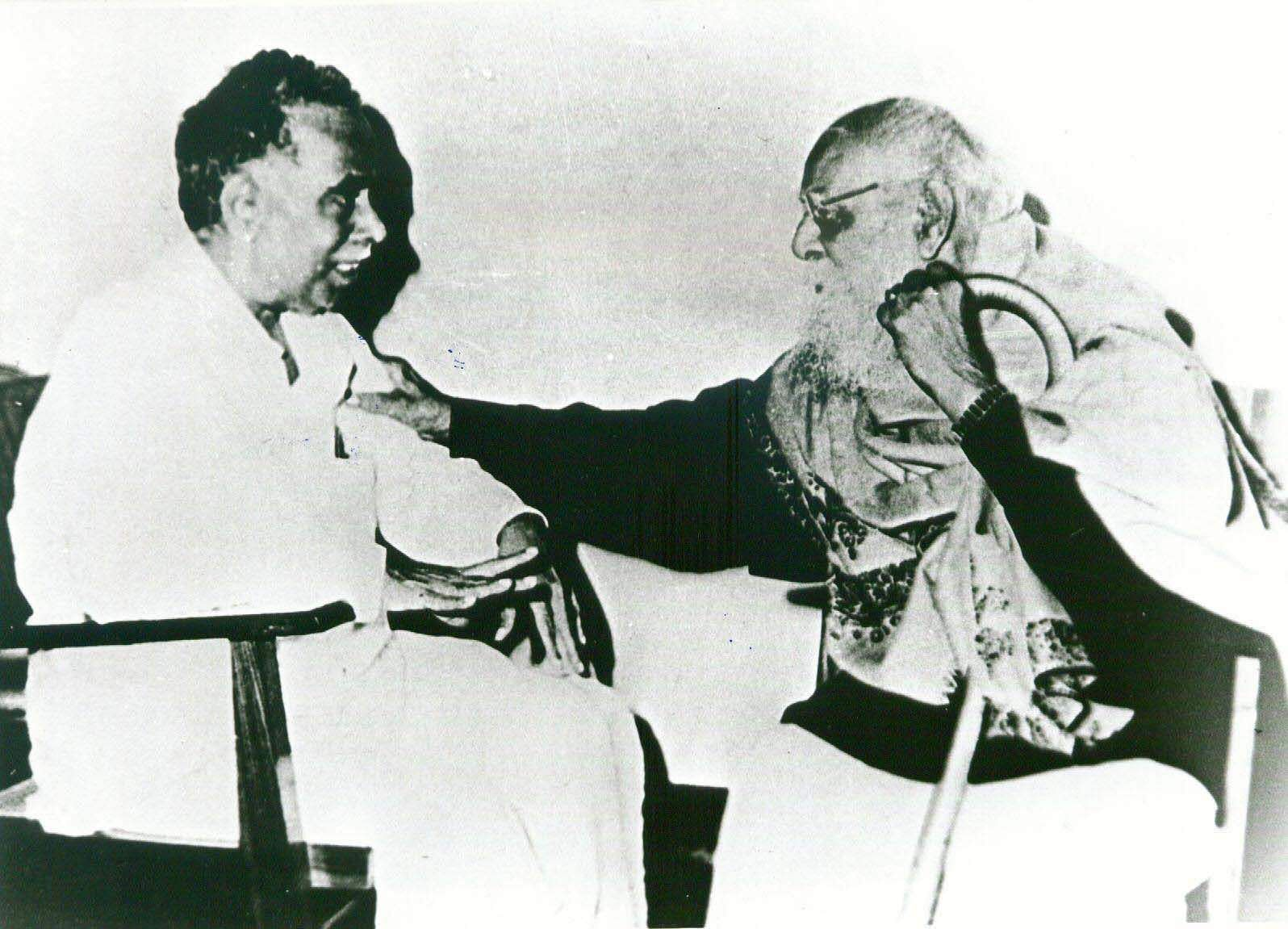 Anna's father Natarajan, according to his biographer R Kannan, was a village scribe who wrote property documents for a living. His mother was Bangaru Ammal. It was his mother's younger sister Rajamani Ammal, a portly woman with kind eyes and the wife of a village doctor according to Kannan's biography, who brought Anna up and educated him. In Pic: