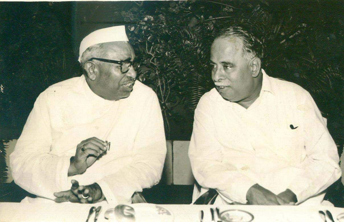 Anna, who married Rani Annadurai when he was 21, was childless and adopted his cousin Nagarathinam's grandchildren Parimalam, Ilangovan, Gowthaman and Babu. In Pic: Anna can be seen