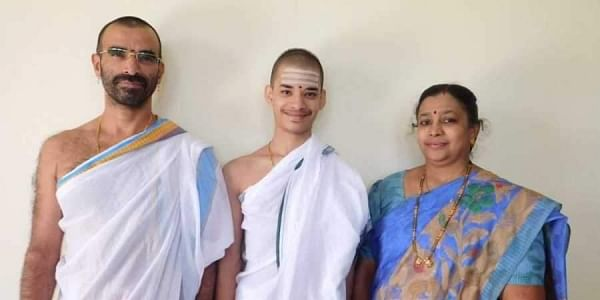 Priyavrata Patil of Goa with his father. (Photo | EPS)