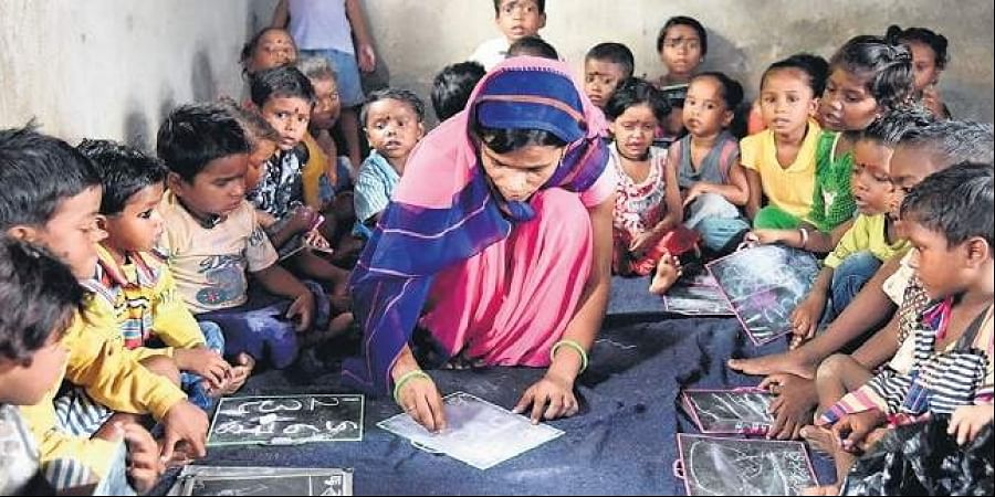 Self-help groups in the state have stepped forward to meet the nutritional needs of the state's underprivileged children and pregnant women.