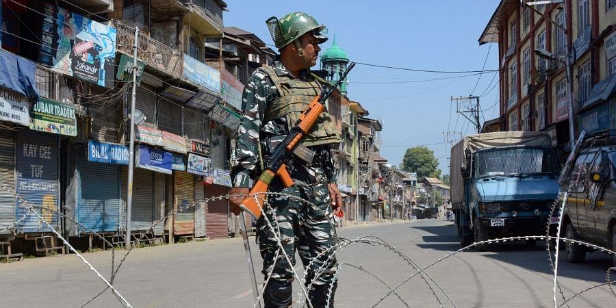 Kashmir, Curfew