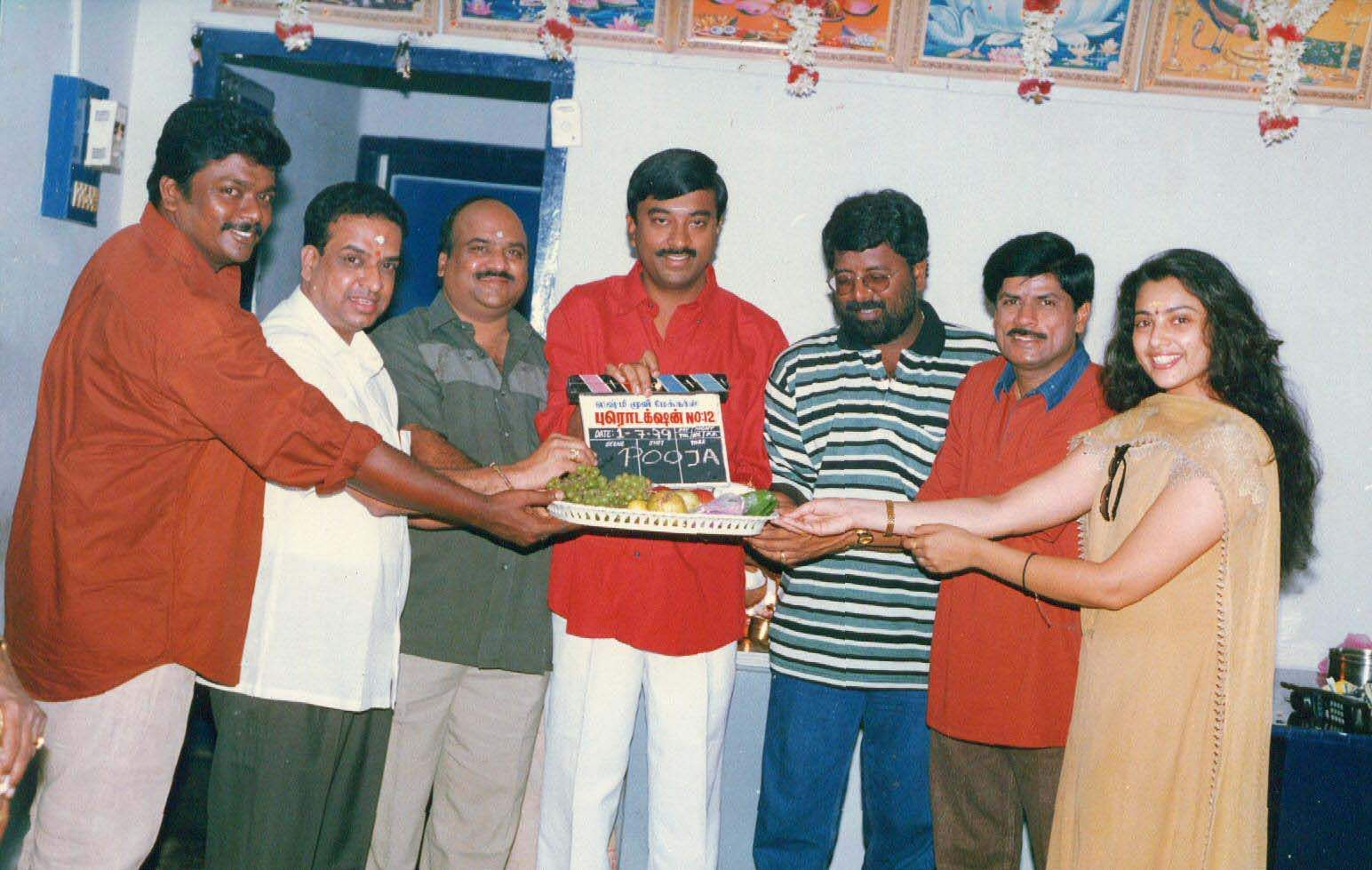 Actor Parthiban with actress Meena, producer V Swaminathan, director Selva, Murali and K Muralidharan during the launch of film 'Unnaruge Naanirunthaal'.