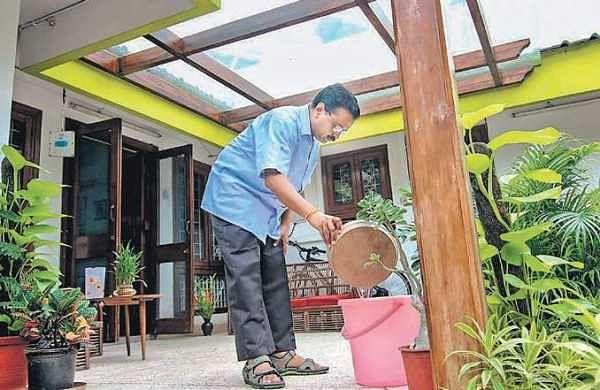 CM Arvind Kejriwal, AAP MLAs visit homes in anti-dengue campaign in Delhi