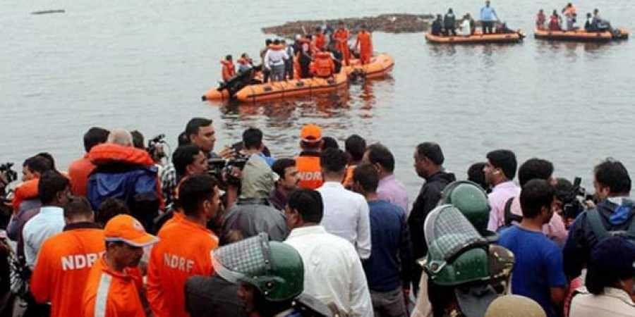 Godavari boat mishap: Pall of gloom descends on Vizag's Ramalakshmi Colony
