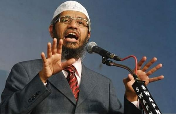 PM Modi did not ask for extradition of Zakir Naik, claims Malaysian PM